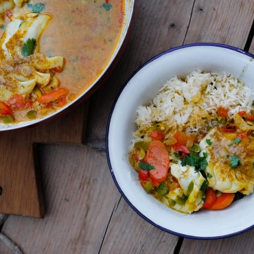 Easy Weeknight Coconut Curry with Cod & Red Pepper