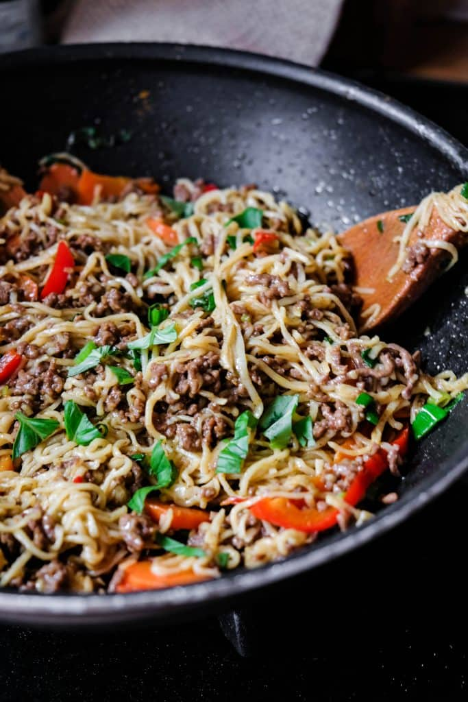 singapore style curried egg noodles